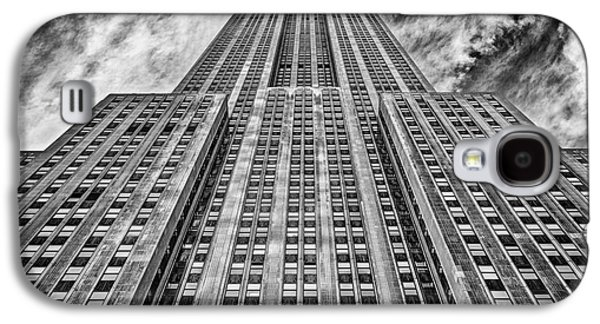 Long Street Galaxy S4 Cases - Empire State Building Black and White Galaxy S4 Case by John Farnan