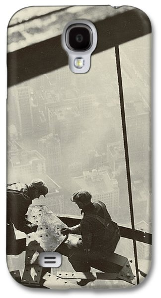 Laborers Galaxy S4 Cases - Empire State Building Galaxy S4 Case by Lewis Wickes Hine
