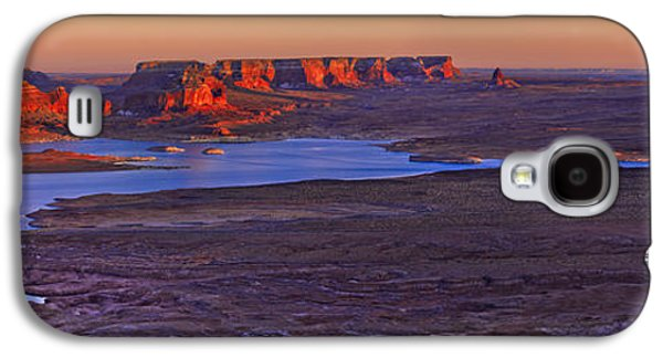 Surreal Landscape Galaxy S4 Cases - Fading Light Galaxy S4 Case by Chad Dutson