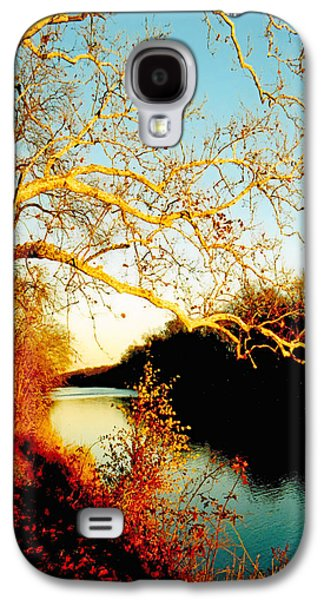 Abstract Landscape Photographs Galaxy S4 Cases - Fall at the Raritan River in New Jersey Galaxy S4 Case by Christine Till