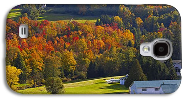 Colour Image Photographs Galaxy S4 Cases - Farm In Autumn  Knowlton, Quebec, Canada Galaxy S4 Case by David Chapman