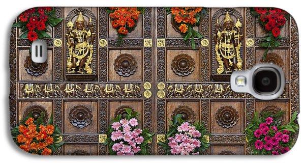 Hindu Goddess Photographs Galaxy S4 Cases - Festival Gopuram Gates Galaxy S4 Case by Tim Gainey