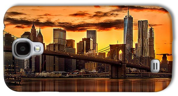 Fiery Sunset Over Manhattan  Galaxy S4 Case by Az Jackson