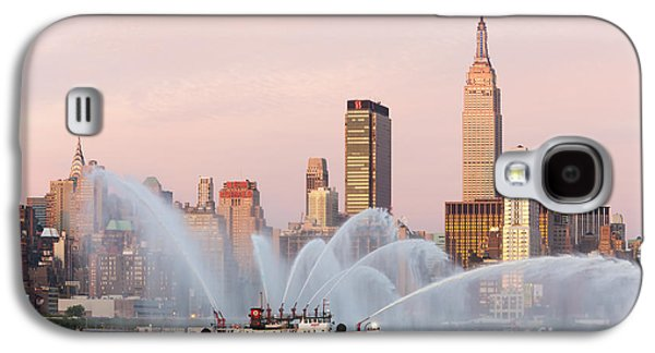 4th July Galaxy S4 Cases - Fire Boat and Manhattan Skyline I Galaxy S4 Case by Clarence Holmes