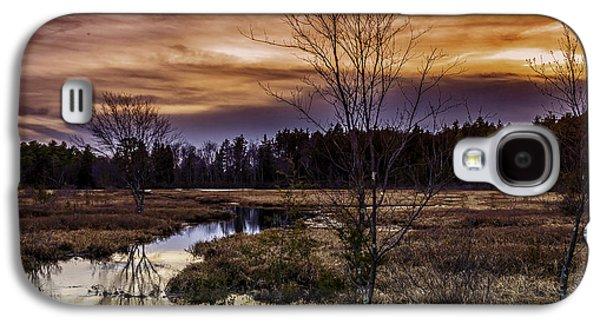 Fire In The Pine Lands Sky Galaxy S4 Case by Louis Dallara