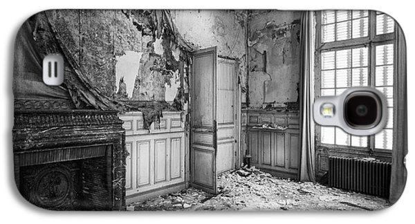 Creepy Galaxy S4 Cases - Fireplace In Decay -abandoned Building Galaxy S4 Case by Dirk Ercken