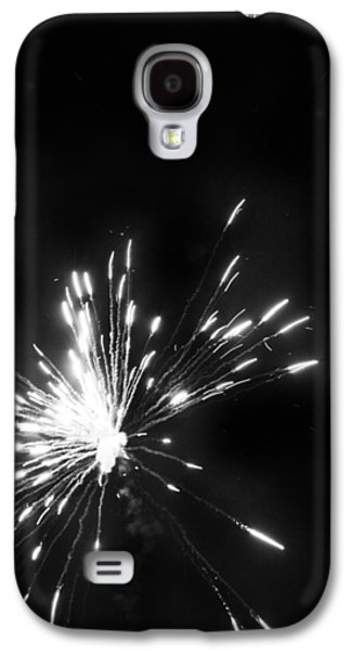 4th July Galaxy S4 Cases - Fireworks in Black and White 1 Galaxy S4 Case by Kelly Hazel