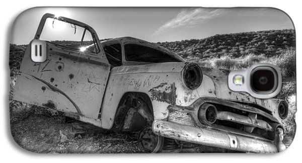 Transportation Photographs Galaxy S4 Cases - Fixer Upper Galaxy S4 Case by Bob Christopher
