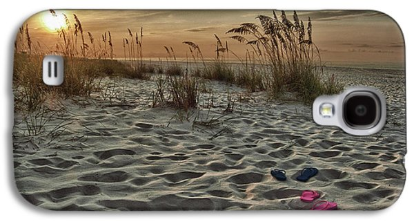 Crimson Tide Galaxy S4 Cases - Flipflops on the Beach Galaxy S4 Case by Michael Thomas