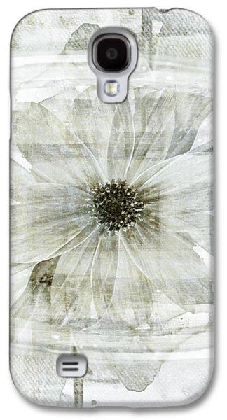 Flower Reflection Galaxy S4 Case by Frank Tschakert