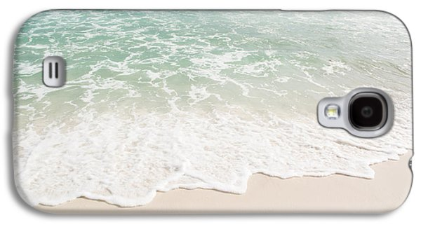 Splashy Photographs Galaxy S4 Cases - Foam on the Beach Galaxy S4 Case by Shelby  Young