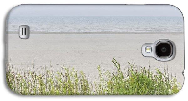 Foggy Ocean Galaxy S4 Cases - Foggy beach Galaxy S4 Case by Elena Elisseeva