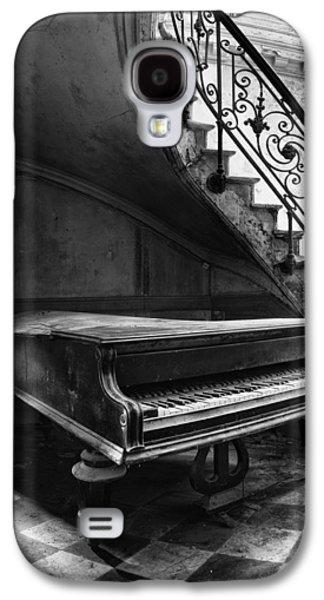 Creepy Galaxy S4 Cases - Forgotten Ancient Piano - Urban Decay Galaxy S4 Case by Dirk Ercken