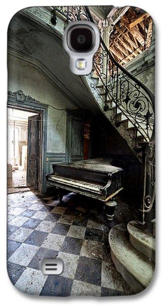 Creepy Galaxy S4 Cases - Forgotten Ancient Piano - Urban Exploration Galaxy S4 Case by Dirk Ercken