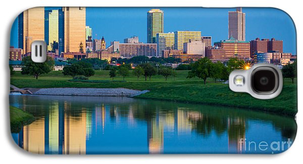 Fort Worth Mirror Galaxy S4 Case by Inge Johnsson
