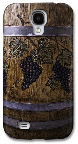 French Wine Barrel With Grapes Galaxy S4 Case by Garry Gay
