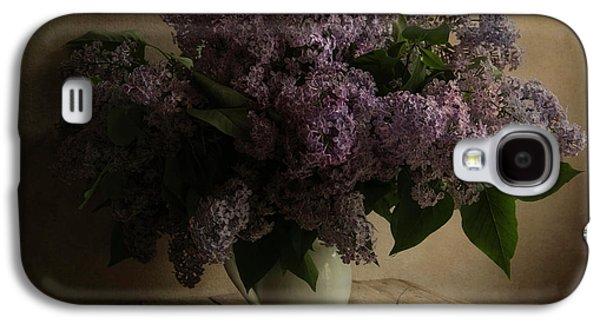 Fresh Lilac In White Pot Galaxy S4 Case by Jaroslaw Blaminsky