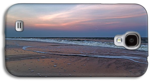 Earth Tones Photographs Galaxy S4 Cases - Full Moon Sunset Topsail Island  Galaxy S4 Case by Betsy C  Knapp