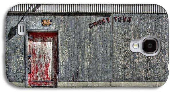 Mining Photos Galaxy S4 Cases - Ghost Town Auto - Burke Idaho Galaxy S4 Case by Daniel Hagerman