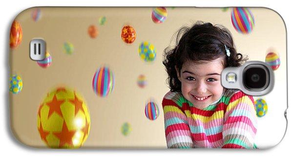 Adorable Photographs Galaxy S4 Cases - Girl Under Eggs Galaxy S4 Case by Carlos Caetano