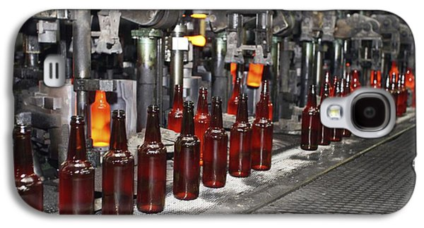 Production Line Galaxy S4 Cases - Glass Bottle Production Line Galaxy S4 Case by Ria Novosti