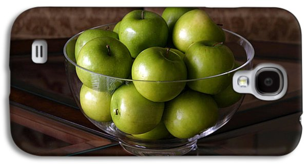 Michael Sweet Galaxy S4 Cases - Glass bowl of green apples  Galaxy S4 Case by Michael Ledray