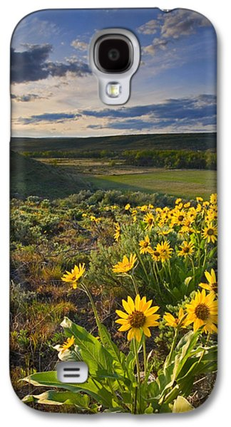 Yakima Valley Galaxy S4 Cases - Golden Hills Galaxy S4 Case by Mike  Dawson