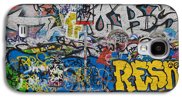 Grafitti On The U2 Wall, Windmill Lane Galaxy S4 Case by Panoramic Images