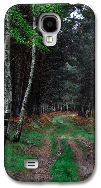 Photographs Galaxy S4 Cases - Green Carpet Galaxy S4 Case by Edgar Laureano