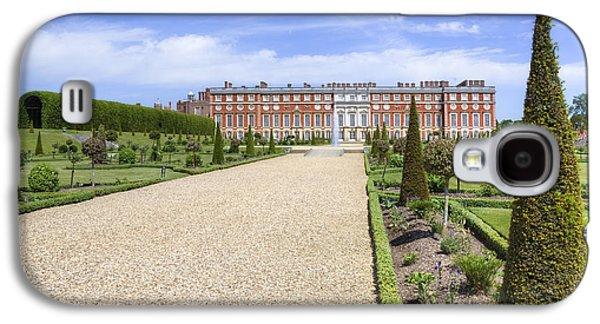 Hamptons Galaxy S4 Cases - Hampton Court Palace - England Galaxy S4 Case by Joana Kruse