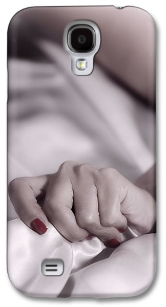 Woman Photographs Galaxy S4 Cases - Hand Galaxy S4 Case by Joana Kruse