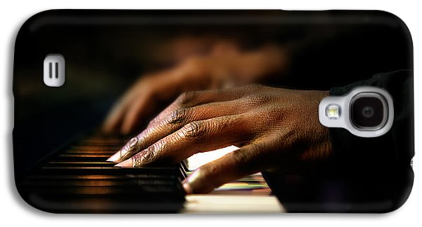 Hands Playing Piano Close-up Galaxy S4 Case by Johan Swanepoel