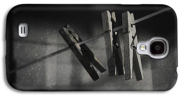 Hangin On Galaxy S4 Case by Scott Norris