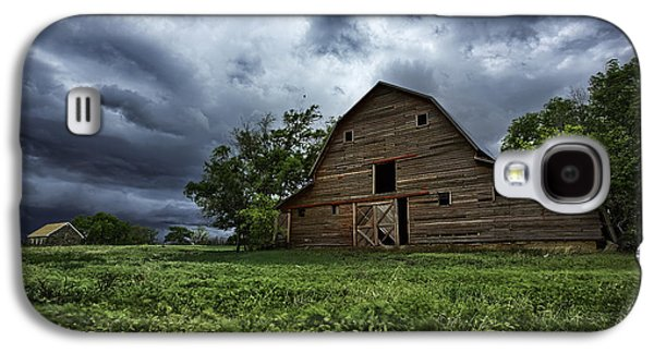 Old Barns Galaxy S4 Cases - Haven Galaxy S4 Case by Thomas Zimmerman