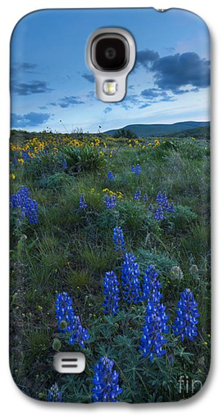 Yakima Valley Galaxy S4 Cases - High Desert Dusk Galaxy S4 Case by Mike Dawson