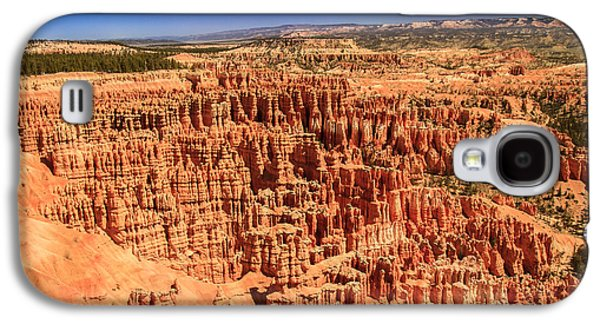 Haybale Galaxy S4 Cases - Hoodoos At Inspirational  Point Galaxy S4 Case by Robert Bales