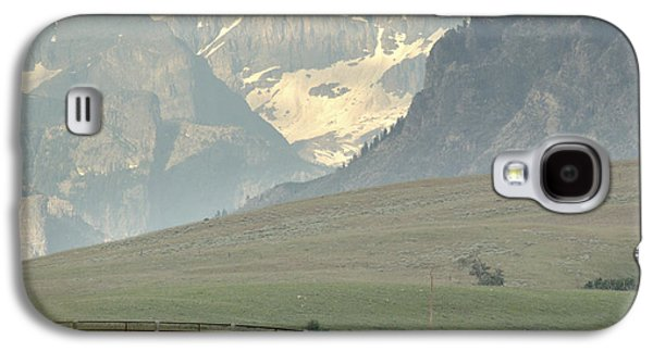Grazing Snow Galaxy S4 Cases - Horse Heaven.. Galaxy S4 Case by Al  Swasey