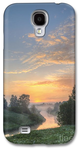 Green Galaxy S4 Cases - In the morning at 04.27 Galaxy S4 Case by Veikko Suikkanen