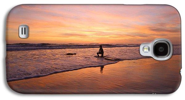 Landscape Acrylic Prints Galaxy S4 Cases - Into The Light 48x72 Print Galaxy S4 Case by John Tsumas