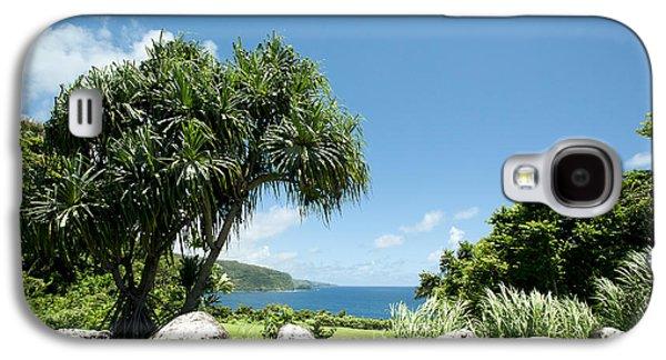 My Ocean Galaxy S4 Cases - Keanae Mahama Lauhala and the Pacific Ocean Nuaailua Bay Mokuholua Maui Hawaii Galaxy S4 Case by Sharon Mau