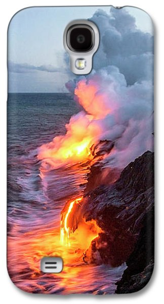 Glow Photographs Galaxy S4 Cases - Kilauea Volcano Lava Flow Sea Entry 3- The Big Island Hawaii Galaxy S4 Case by Brian Harig