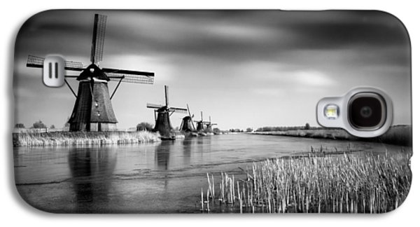 Ancient Galaxy S4 Cases - Kinderdijk Galaxy S4 Case by Dave Bowman