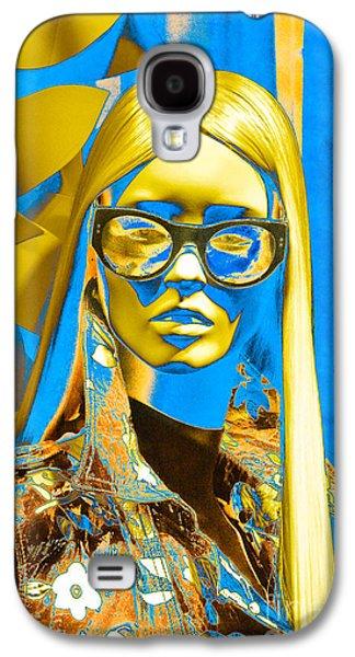 Demoiselles Galaxy S4 Cases - La Mannequin Demoiselle de Galleria Galaxy S4 Case by Thomas Carroll