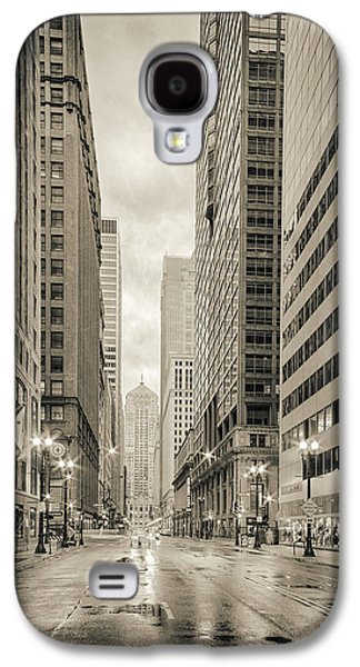 Lasalle Street Canyon With Chicago Board Of Trade Building At The South Side - Chicago Illinois Galaxy S4 Case by Silvio Ligutti