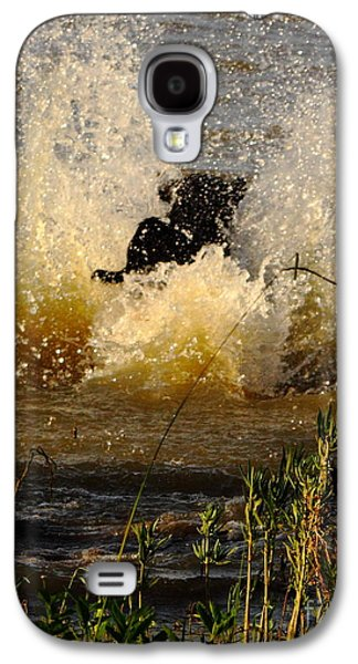 Water Retrieve Galaxy S4 Cases - Lab At Work Galaxy S4 Case by Robert Frederick