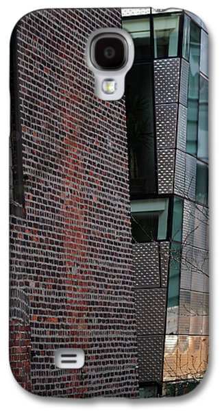 Leaning In At The High Line Galaxy S4 Case by Rona Black