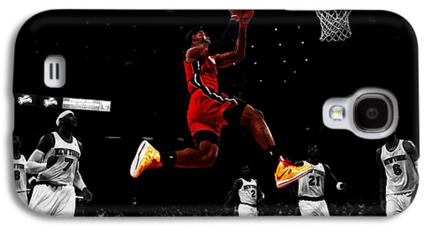Dwyane Wade Galaxy S4 Cases - Lebron James Showtime  Galaxy S4 Case by Brian Reaves