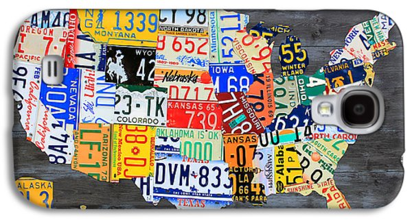 License Plate Map Of The Usa On Gray Distressed Wood Boards Galaxy S4 Case by Design Turnpike