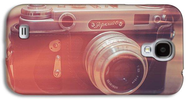 Camera Galaxy S4 Cases - Light Galaxy S4 Case by Ondrej Supitar