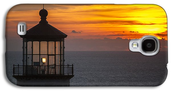 Landmarks Photographs Galaxy S4 Cases - Lighthouse Sunset Galaxy S4 Case by Robert Potts